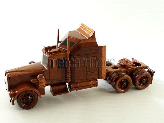 Camiones tallados en madera selecta carved in wood trucks #1